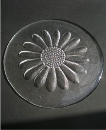 DARTINGTON GLASS  DAISY  COLLECTION CHEESE PLATTER FT215  DESIGNED BY FRANK THROWER