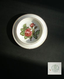 WEDGWOOD ROSE PIN DISH