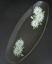 CHANCE GLASS LONGBOAT DISH IN  DAISY DESIGN 1970