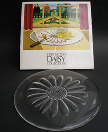 DARTINGTON GLASS DAISY CHEESE PLATTER DESIGNED BY FRANK THROWER IN ORIGINAL BOX