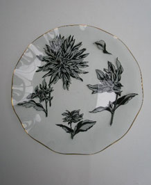 1967 CHANCE GLASS SILHOUETTE FLUTED CAKE PLATE