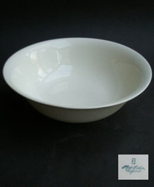 ALFRED MEAKIN WHITE SERVING /SALAD BOWL