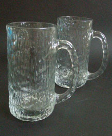 PAIR OF 1970s RAVENHEAD SIESTA BEER MUGS DESIGNED BY A.H. WILLIAMSON
