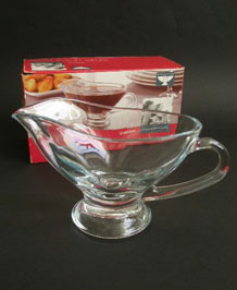 VINTAGE LARGE RAVENHEAD GLASS GRAVY BOAT IN ORIGINAL BOX