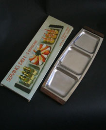 1960s STAINLESS STEEL HORS D' OEUVRES SERVING DISH IN ORIGINAL BOX