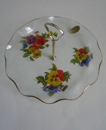CHANCE GLASS PANSY CAKE PLATE WITH DETACHABLE HANDLE