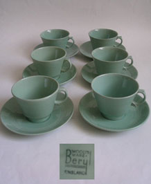 WOODS WARE BERYL CUPS AND SAUCERS (X6)