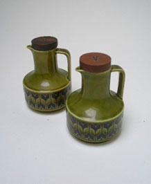 HORNSEA HEIRLOOM GREEN OIL AND VINEGAR BOTTLES