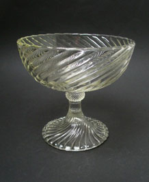 DECO PRESSED GLASS COMPOTE/ PEDESTAL FRUIT DISH