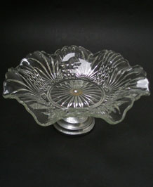 VINTAGE GLASS CAKE PLATE ON CHROME STAND