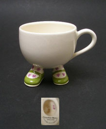 CARLTON WARE WALKING WARE CUP WITH GREEN SHOES