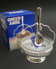 1960s SILVER-PLATED QUEEN ANNE JAM DISH WITH SPOON IN ORIGINAL BOX
