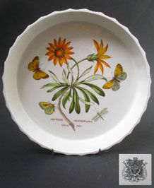 PORTMEIRION BOTANIC GARDEN AFRICAN DAISY FLAN DISH DESIGNED BY SUSAN WILLIAMS- ELLIS