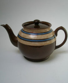 1930s SADLER BROWN BETTY STRIPED TWO AND A HALF PINT TEAPOT