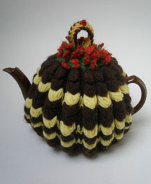 ORIGINAL 1940S HAND CROCHETED TEA COSY