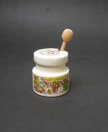 LORD NELSON COLMANS MUSTARD POT AND SPOON