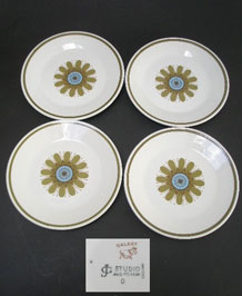 J & G MEAKIN GALAXY 18cm SIDE PLATES  DESIGNED BY JESSIE TAIT x4