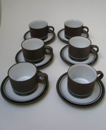 HORNSEA CONTRAST CUPS AND SAUCERS X 6