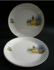 PAIR OF ALFRED MEAKIN CRINOLINE LADY DINNER PLATES