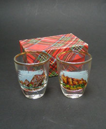 PAIR OF BOXED EDINBURGH SCENES 1960s SHOT GLASSES